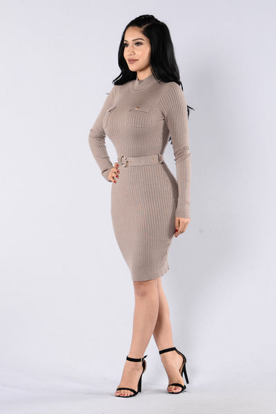 Urban Classic Dress - Mushroom