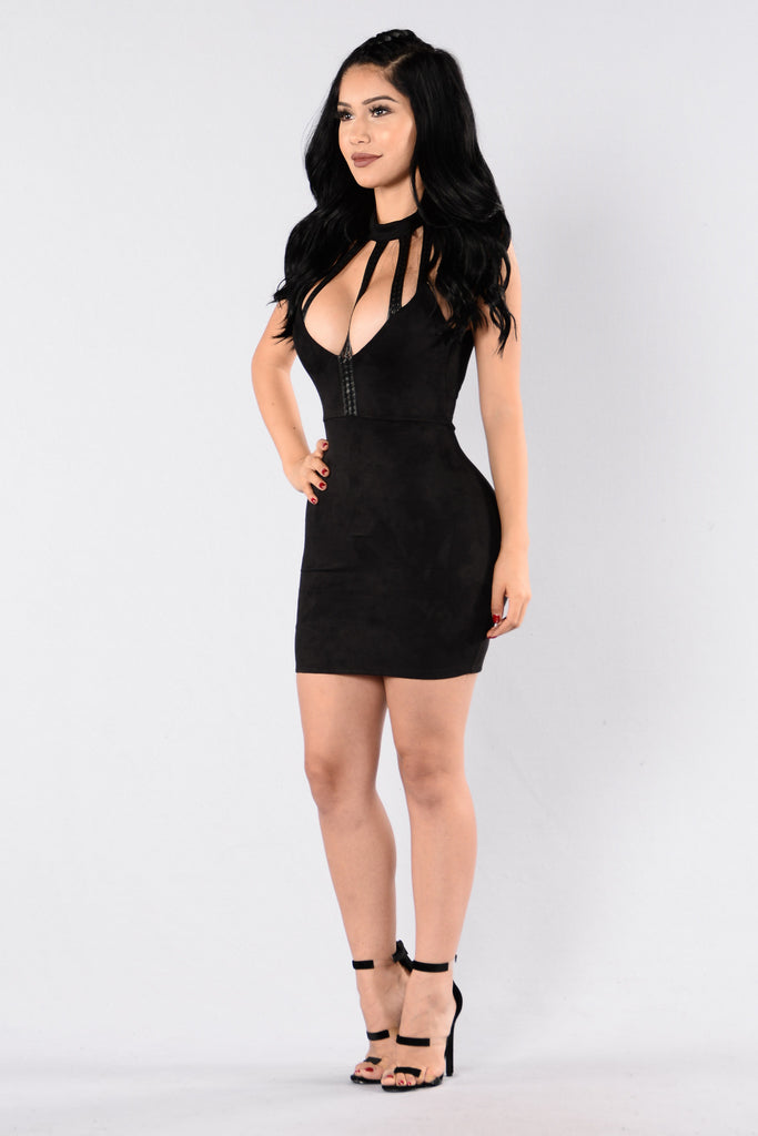 Sultry Bass Dress - Black