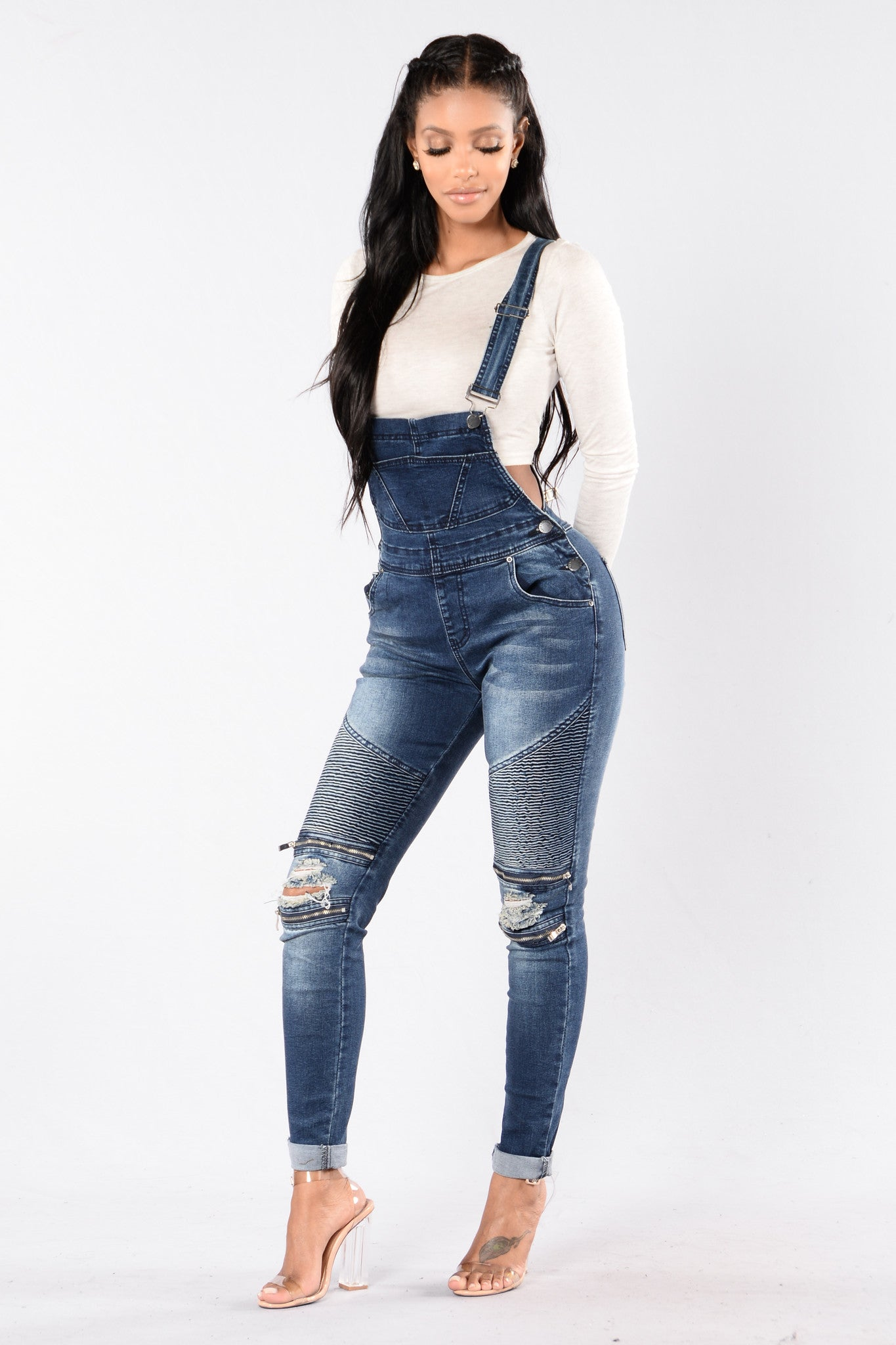 Fashion Nova is the top online fashion store for women. Shop sexy club dresses, jeans, shoes, bodysuits, skirts and more. Cheap & affordable fashion online.