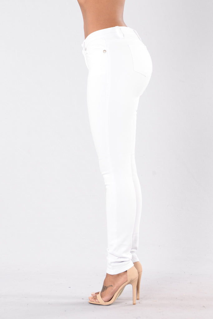 Out Of Reach Jeans - White
