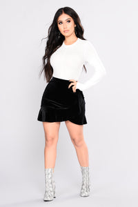 Everything Wavy Mini Skirt - Black