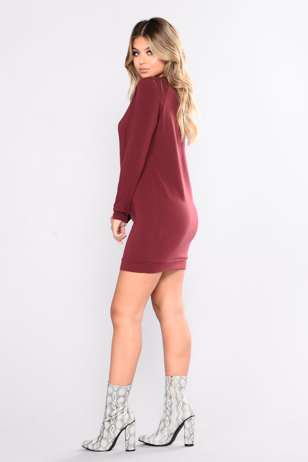 Giving Attitude Sweater Tunic - Burgundy