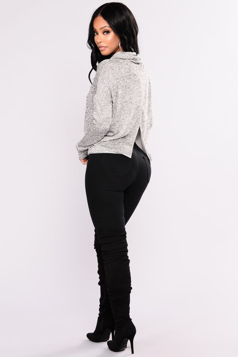 Yendi Turtle Neck Sweater - Grey