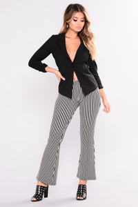 Non Of Your Business Blazer - Black
