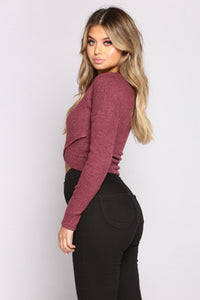 Shoulder Lay Top - Marsala