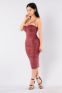 Rich Like Suede Dress - Burgundy