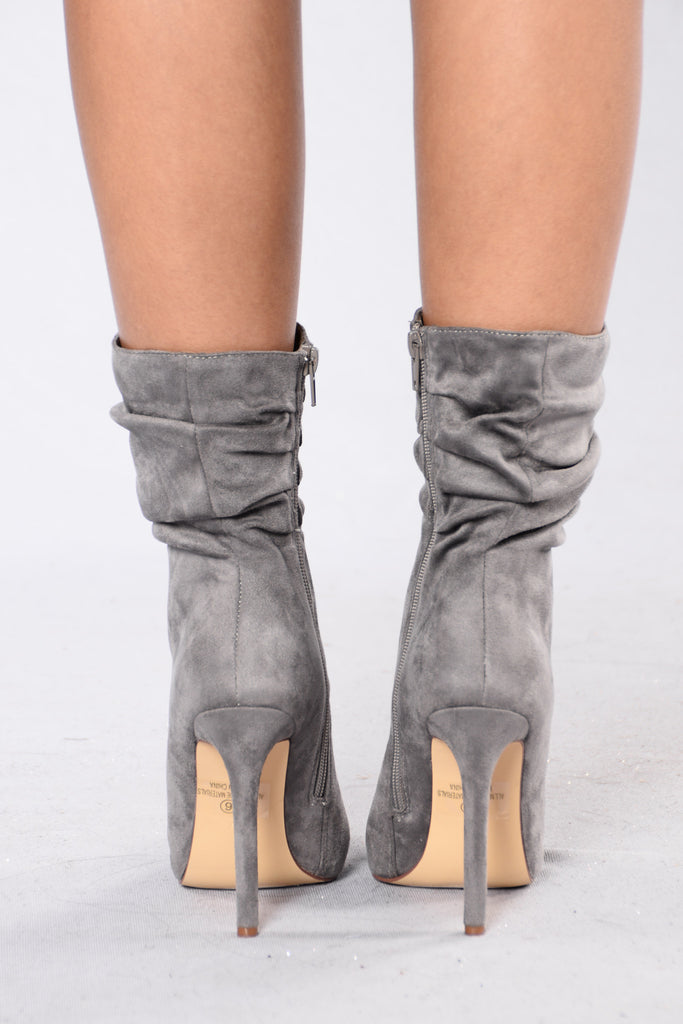 Scrunched Up Boot - Grey