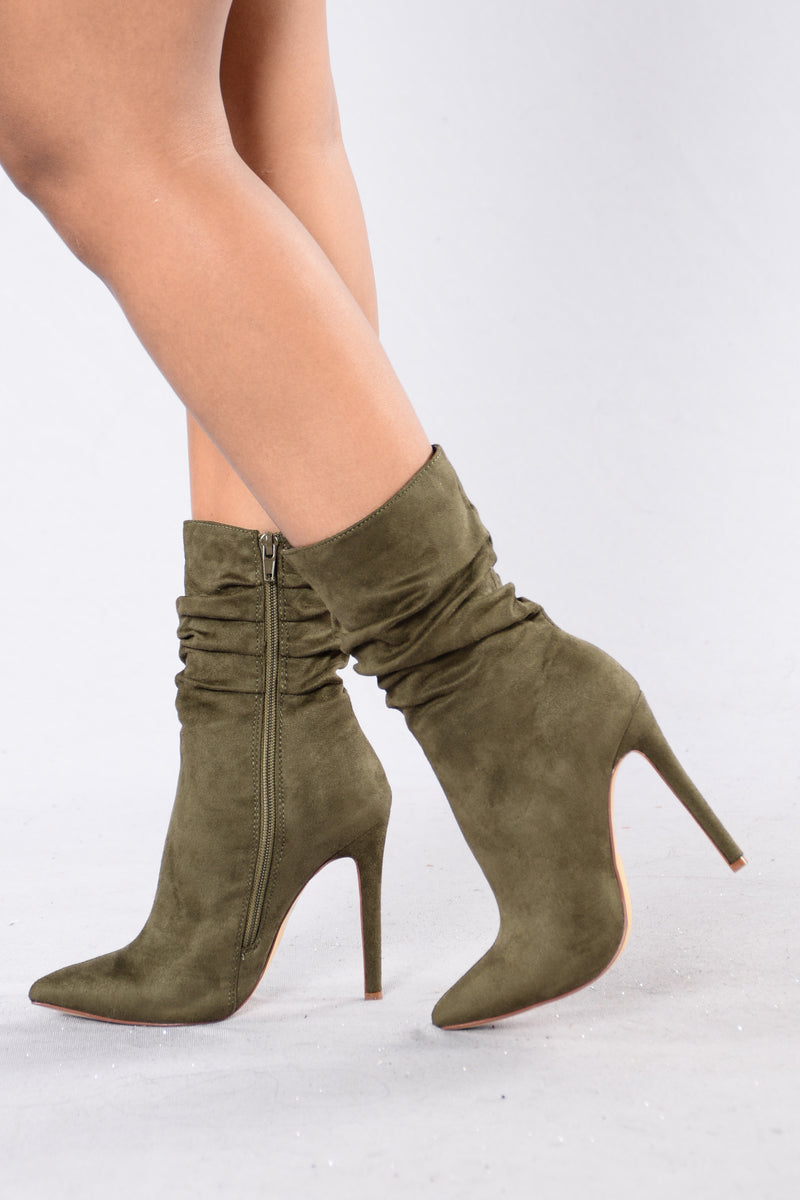 Scrunched Up Boot - Olive