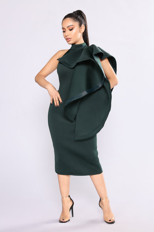 A Little Look Way Dress - Hunter Green