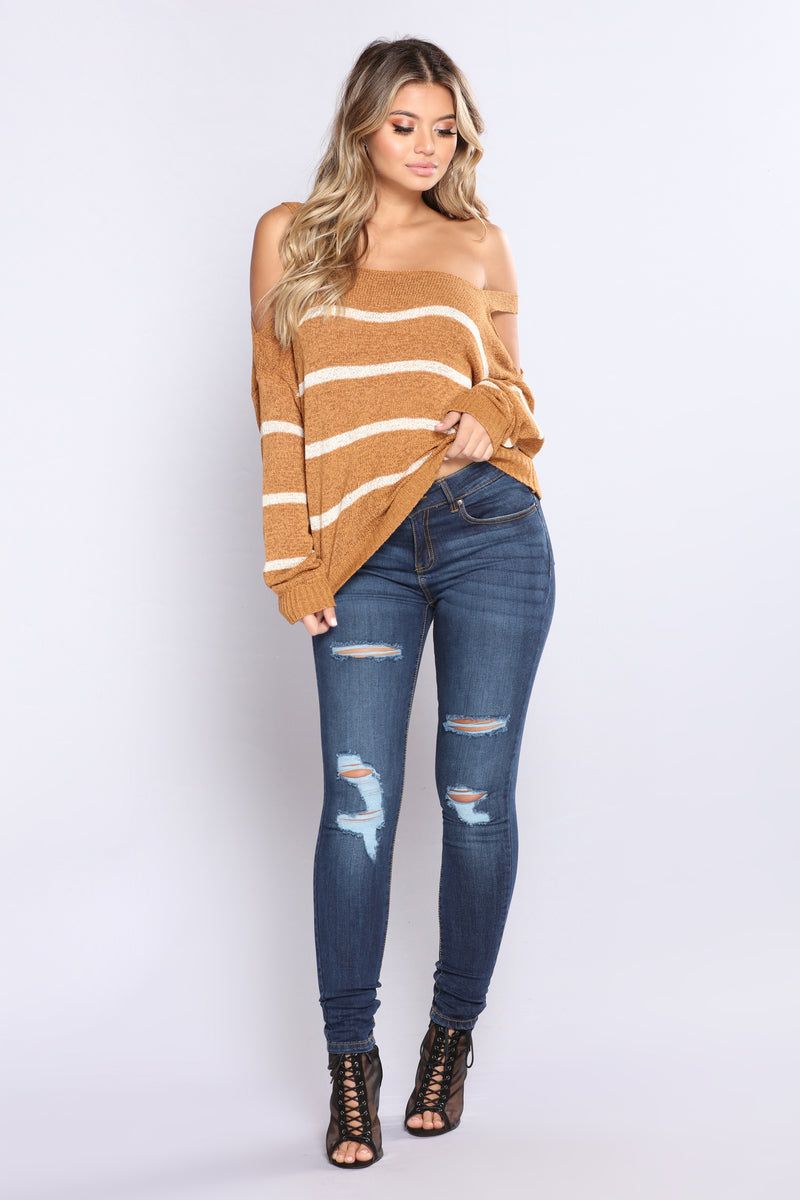 Talk To The Cold Shoulder Sweater - Mustard