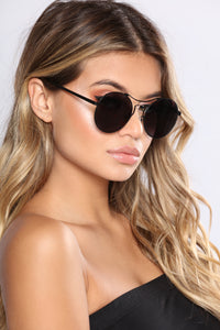 Show Off Sunglasses - Black