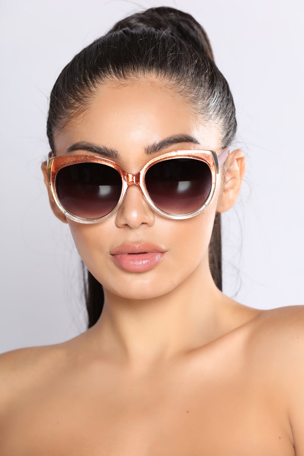 All Glamour Goes Sunglasses - Rose