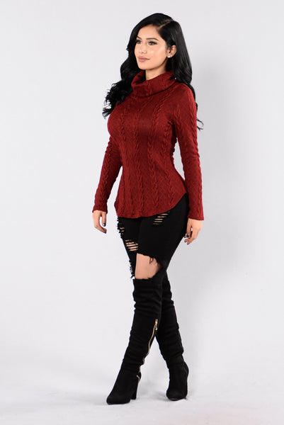 Cabin Lover Sweater - Burgundy