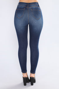 Sizzling Hot Booty Lifting Jeans - Dark Denim