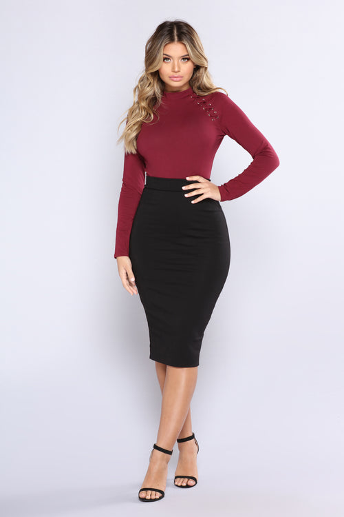 No Apologies Midi Skirt - Black