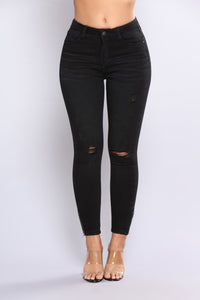 Inside Scoop Ankle Jeans - Black