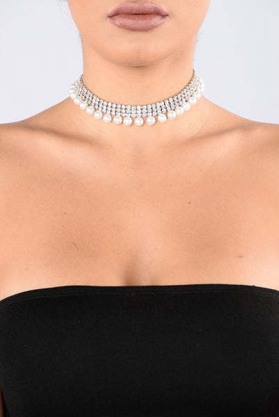 The World Is Your Oyster Choker - Silver