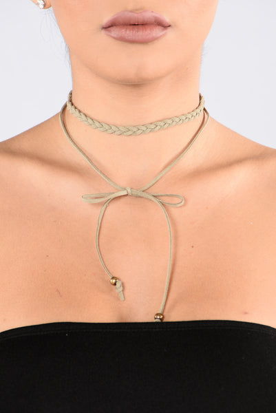One With The Vibes Choker - Olive