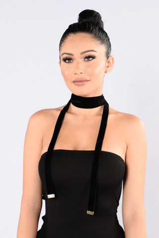 Tie The Knot Choker - Black