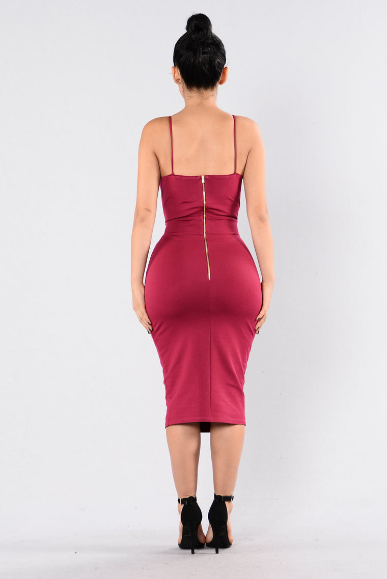 Secrets Dress - Burgundy