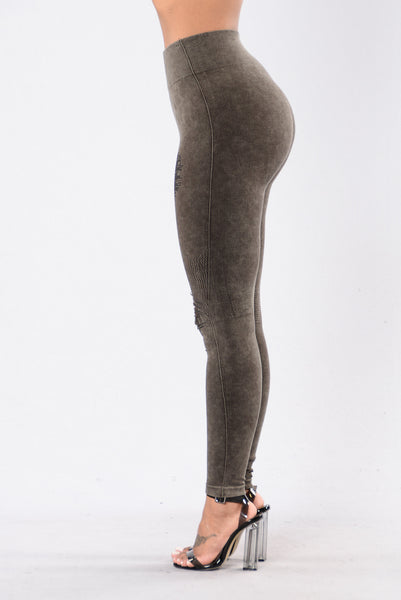 Ripped to Shreds Legging - Chocolate