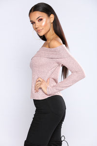 Marie Off The Shoulder Sweater - Dusty Pink