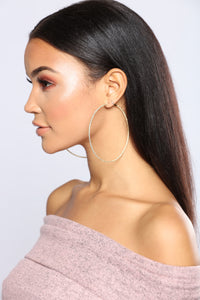 Way Too Good Hoop Earrings - Gold