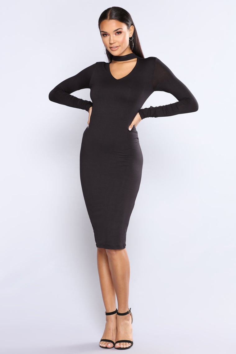 Different Beat Choker Dress - Black