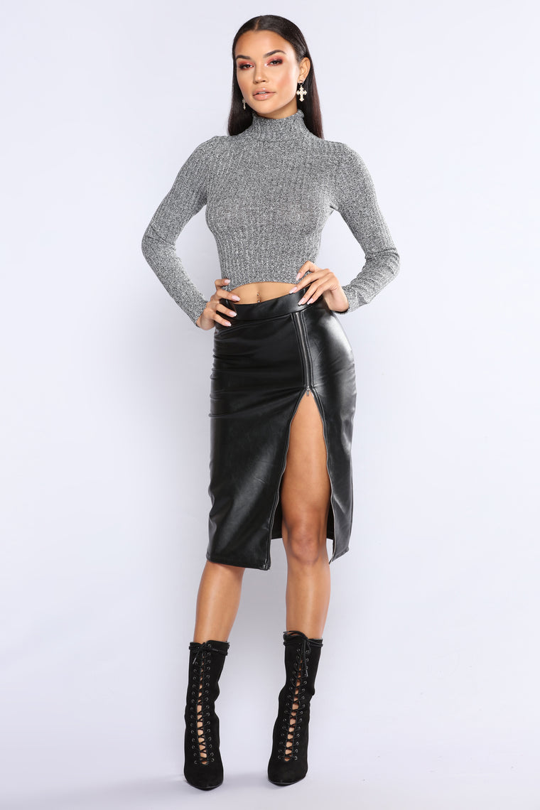 Pretty Hurts Turtle Neck Top - Charcoal