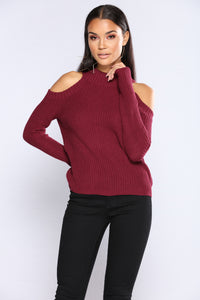 Cailyn Mock Neck Sweater - Burgundy