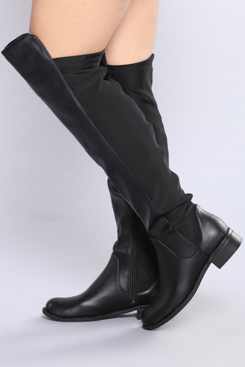 Dellena Flat Boot - Black