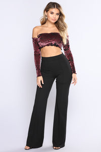 Kenzie Off Shoulder Velvet Top - Black/Burgundy