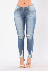 Weak At The Knees Jeans - Medium Wash Angle 1