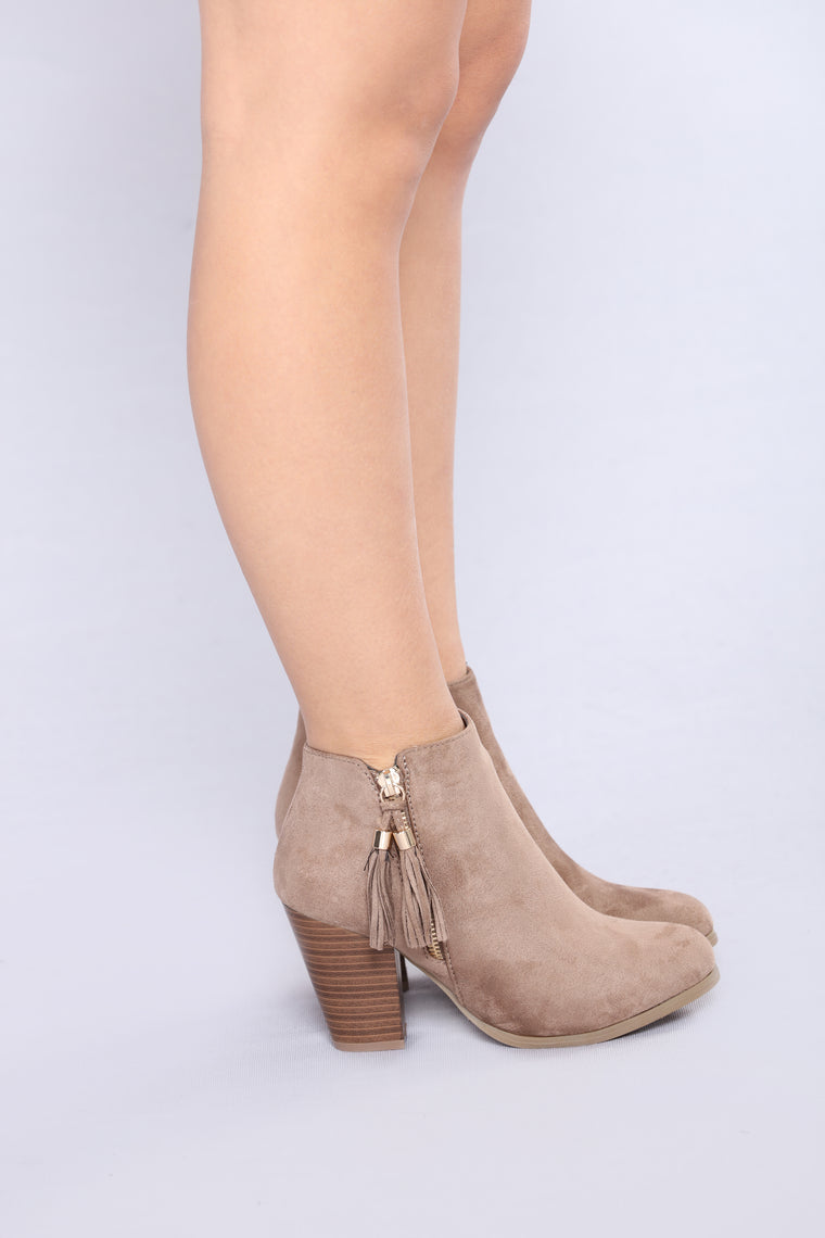 Jodelle Bootie - Taupe