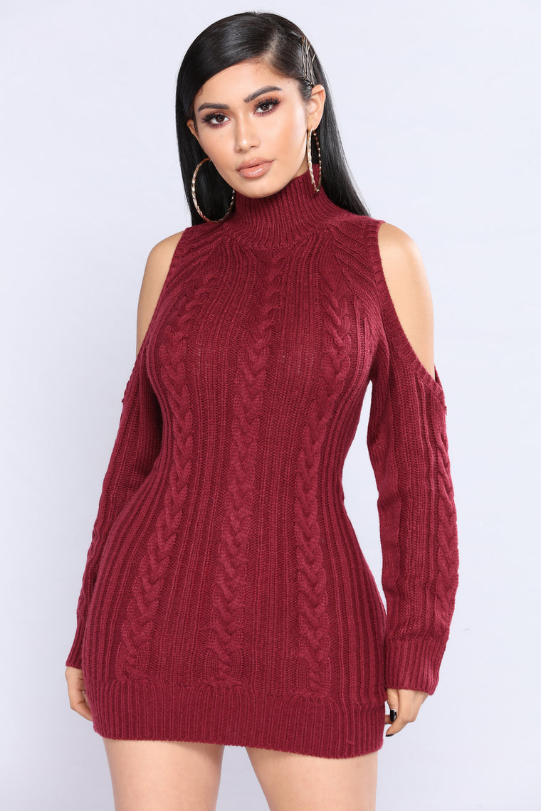 Evanna Cold Shoulder Sweater - Burgundy