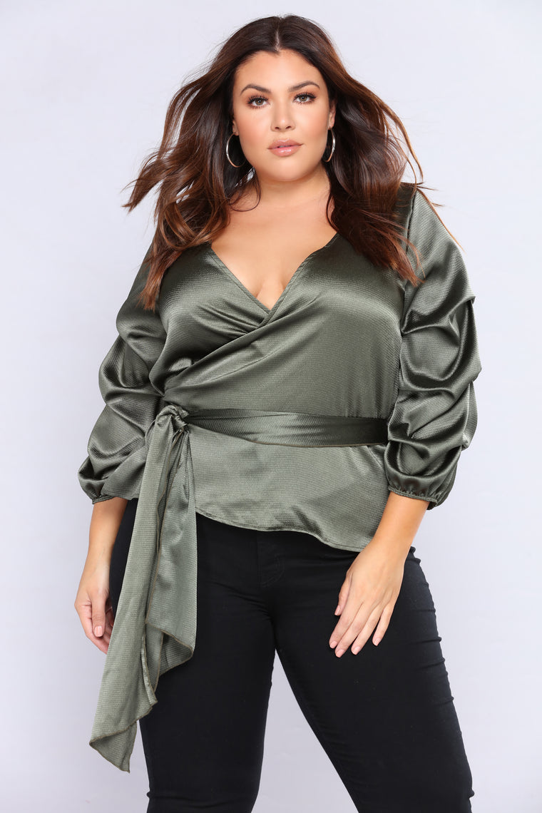 Gemstone Bubble Sleeve Top - Emerald