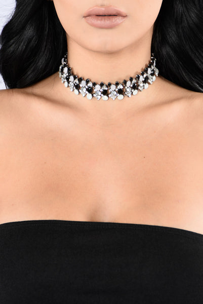 Keep It Undercover Choker - Black