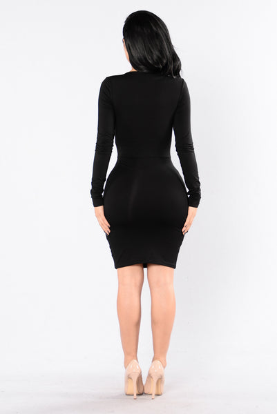 Front of The Line Dress - Black