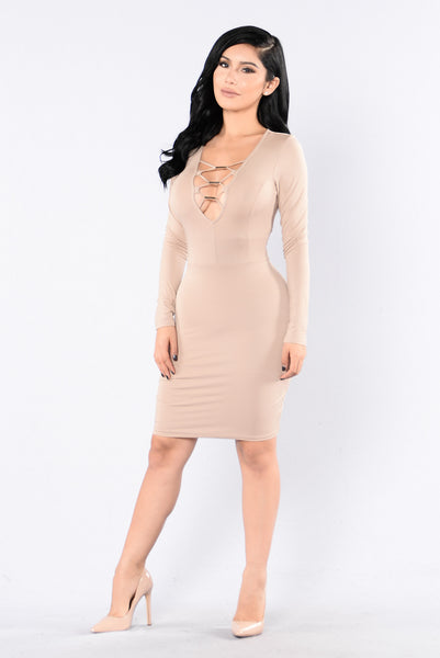 Front of The Line Dress - Coco