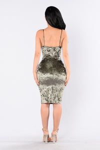Do Not Disturb Dress - Olive