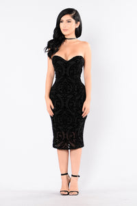 Burning Love Dress - Black