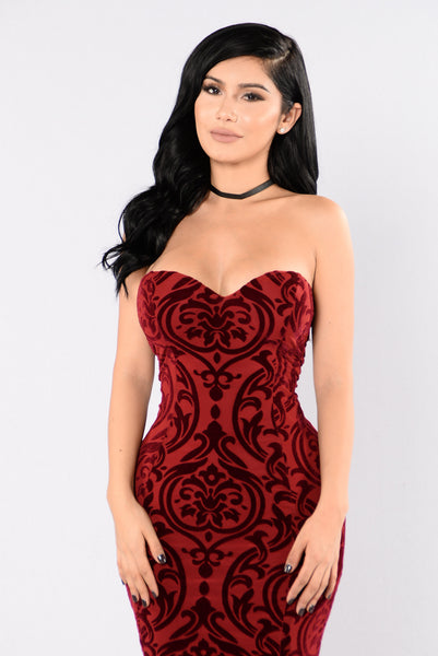 Burning Love Dress - Burgundy