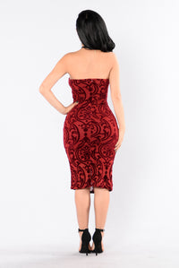 Burning Love Dress - Burgundy Angle 2