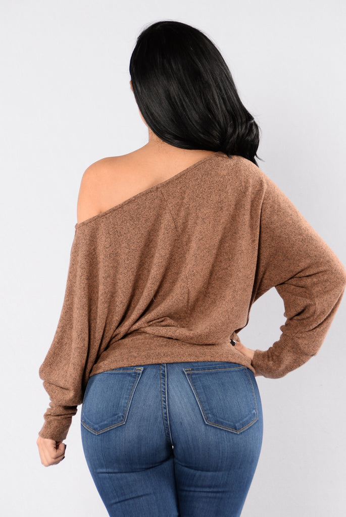 Side Track Sweater - Camel