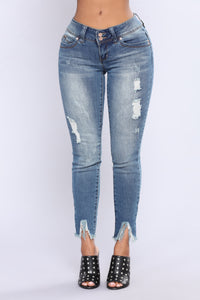 Right This Way Booty Lifting Jeans - Medium Blue Wash