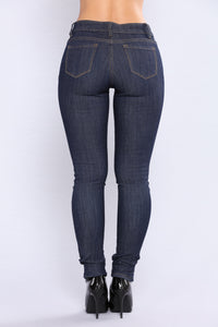 High Rise To Fame Jeans - Dark Denim