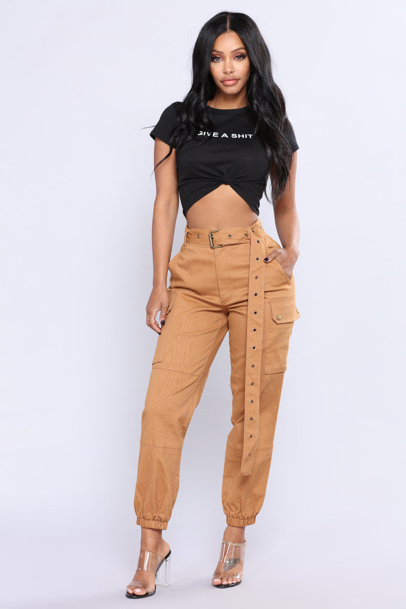 Cargo Chic Pants - Camel