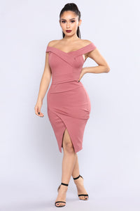 Dark Stunner Dress - Dark Rose Angle 1