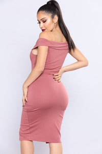 Dark Stunner Dress - Dark Rose Angle 4