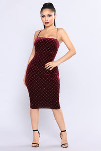 Open Bar Velvet Dress - Burgundy